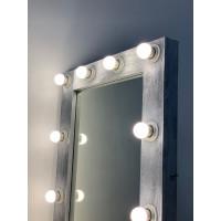 Гримерное зеркало серебристого цвета с подсветкой в спальню 80х60